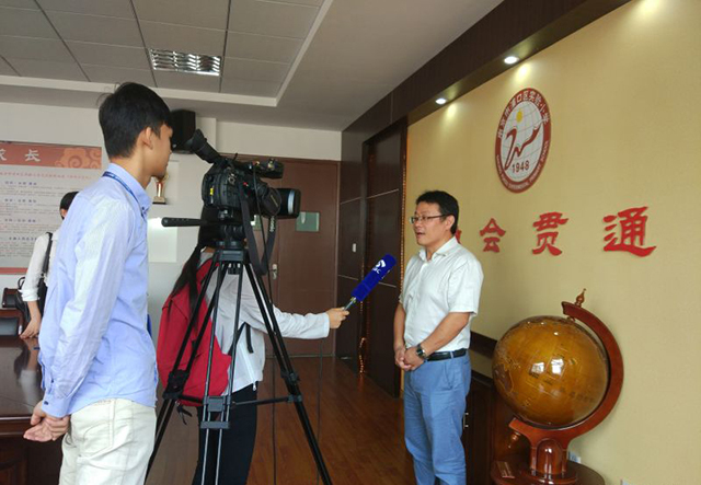 南京市浦口区实验小学校长任力接受江苏省教育频道记者采访
